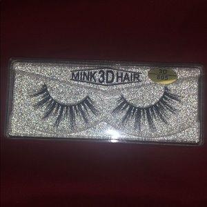 eyelash couture